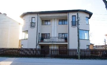 Emajõe 10, Tartu